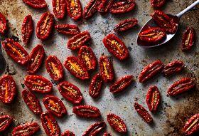58011b4a d622 4b59 b0f8 0f2fa7823177  2017 0824 genius slow roasted tomatoes coriander julia gartland 409