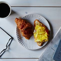 Why My Most Romantic Dates Happen Over Bacon & Eggs