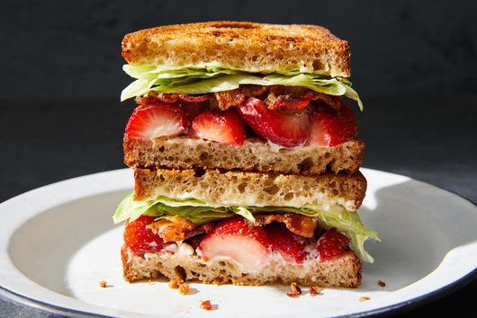 Bacon, Lettuce & Strawberry Sandwich