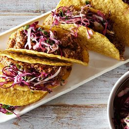 3513efac 80e2 488f a7c4 c746572be2ff  2015 0112 vegan tacos with slaw 5700