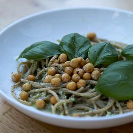 SPAGHETTI WITH PESTO & LEMON ROASTED CHICKPEAS