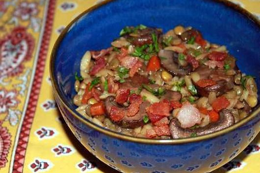 Lentil and Toasted Orzo Salad with Mushrooms and Bacon