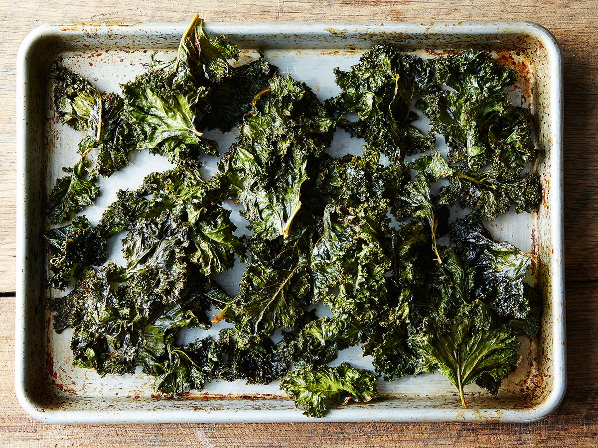 kale chips recipe smoked paprika Spicy, Smoky Homemade Kale Chips