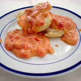 9a5fade9-7d8f-4dfd-bde8-452493984751.tomato_gravy_biscuits1