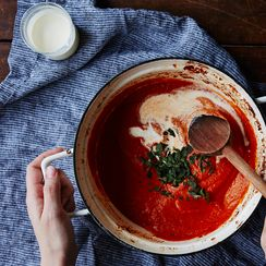 10 Ways to Make Store-Bought Tomato Sauce Taste 10x Better