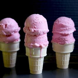 Strawberry Buttermilk Gelato