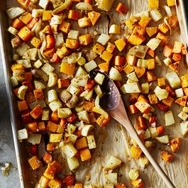 44d2de6d 953f 4983 9aa7 d8da56417614  2016 1004 roasted root vegetables with cider vinaigrette bobbi lin 273