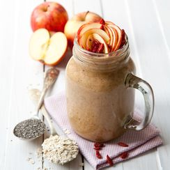 Apple and oat smoothie