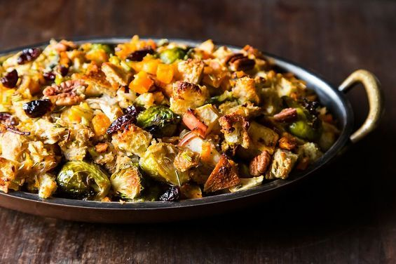 Crowd-Pleasing Vegan Thanksgiving Stuffing Recipe | Vegan Thanksgiving Recipes Every Guest Will Love