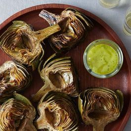 18e54e5e 3841 44c5 86ae 9d1a1bf17118  grilled artichokes tarragon lemon aioli food52 mark weinberg 14 07 01 0358