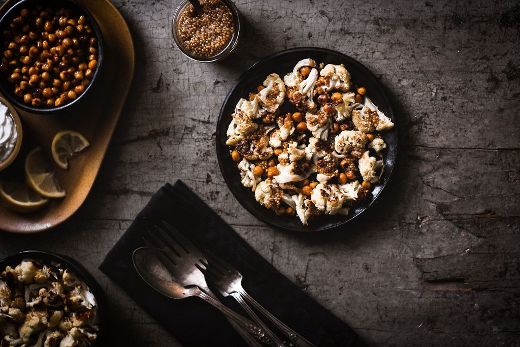 Sriracha-Roasted Chickpeas and Cauliflower