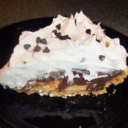 Chocolate, Peanut Butter, and Banana Pie