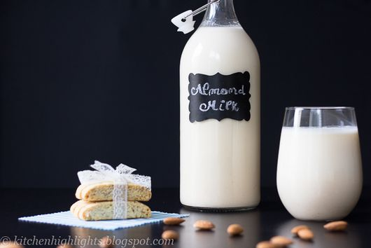 Homemade Almond Milk - All-Natural and Healthy