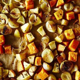 6ef5c487 b9a8 453b 919b 0de5341cd211  2014 1007 roasted sweet potato and apple with onions 002