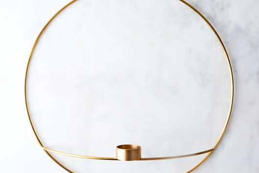 Modern Circle Wall Sconce & Vase