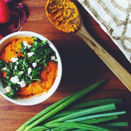 79f82c9e 2516 4dbc a5d1 14bb596eee90  smokey carrot hummus www.the chefs wife.com vsco carrot hummus recipe spring