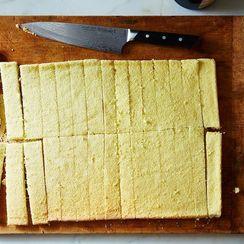 3 Tiny Steps for Perfecting Any Sponge Cake Recipe