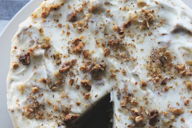 Spice Cake & Toasted Walnut Cream Cheese Frosting