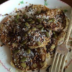 (Almost) Paleo (mostly) 2-ingredient Banana Pancake