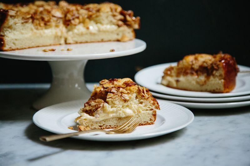 German Bee Sting Cake (Bienenstich) Recipe