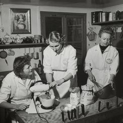 Peek into Julia Child's Life Before She Was Famous