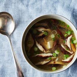 06356f3d-7901-4421-a047-10d7a8846ba4.2014-1219_how-to-make-miso-soup-without-a-recipe-129