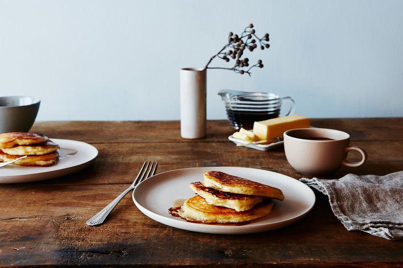 A Genius Trick for Fluffier Buttermilk Pancakes (No ...