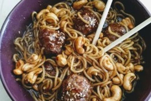 Oriental Spaghetti with Pork Meatballs