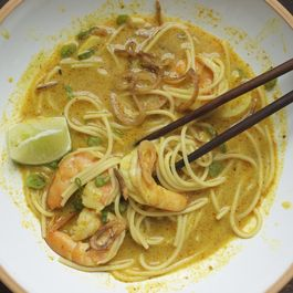 Thai Curry Noodles with Shrimp