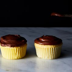 Blitz This No-Brainer, No-Powdered Sugar Chocolate Frosting