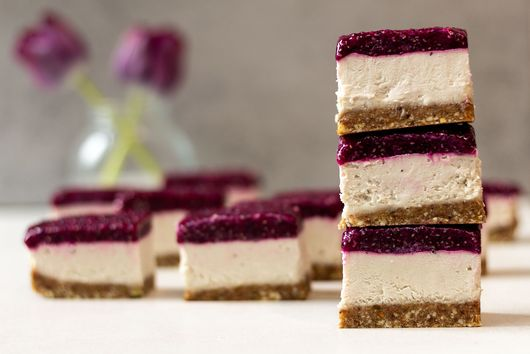 Dragon Fruit Chia Cheesecake Slices