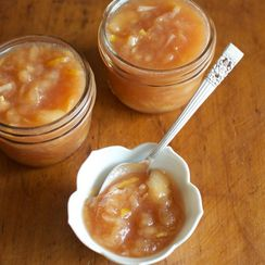 Honey-sweetened White Peach Jam with Lemon