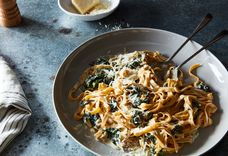 Pasta with Yogurt and Spicy Creamed Kale