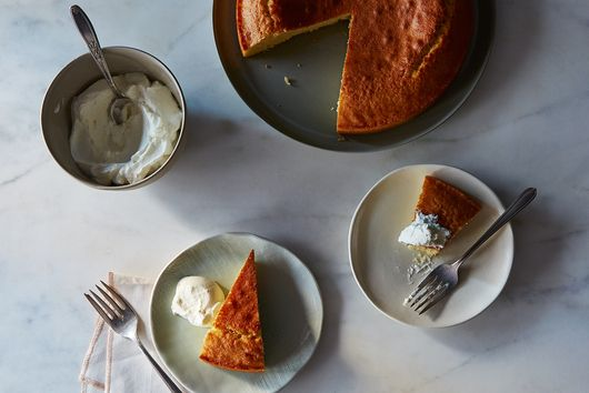 Memorize This One-Bowl Cake Recipe (Then Make It Your Own)