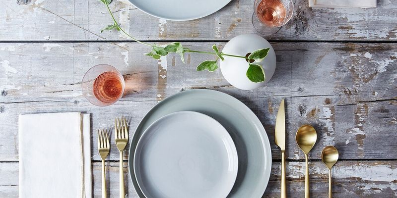 Elbows on the Table? Answers to Your Dining Etiquette Questions
