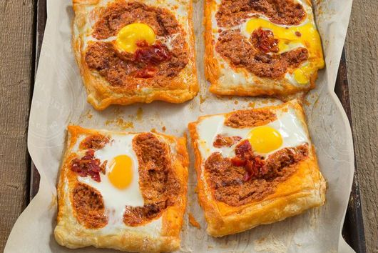 Spicy Egg Puff Squares