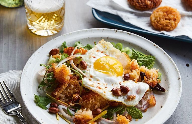 Chrissy Teigen's Crispy Rice Salad & 18 Other Recipes We're Cooking This Week