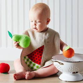 9de11fb6 ad8d 434e b647 d436e66122e1  2015 0626 dot army summer produce baby bibs trio carousel james ransom 069