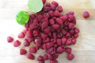 8380fd32 bab8 48a7 b3ef 0caa57a40c68  raspberries and lime