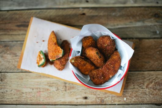 Cheeto-Crusted Jalapeño Poppers With Bacon
