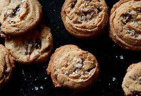 Bd534af5 0f7e 4be9 bf95 443078fc8bc9  2016 1019 genius salted tahini chocolate chip cookies mark weinberg 467