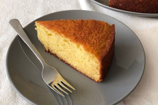 Olive Oil & Yogurt Cake