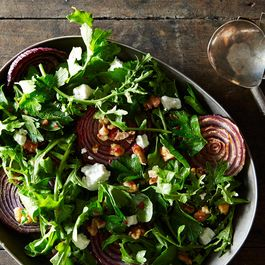 6f696679-738d-43d4-8ffb-ff1d0f7008ee.roasted-red-onions-with-walnut-salad_food52_mark_weinberg_14-11-04_0198