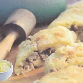 Potato and Beef Roll with Roasted Tomatillo and Apple Aioli.
