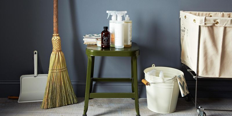 The best way to clean your shower, a better way to mop, and more.