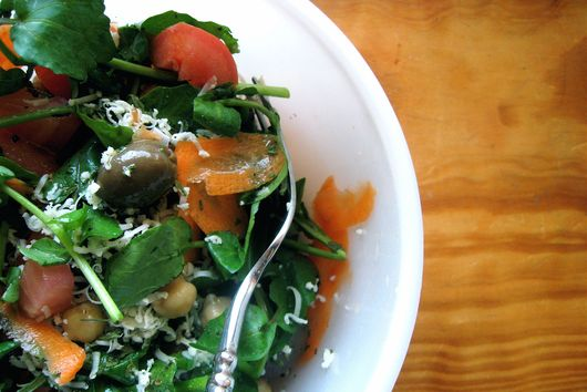 Crisp watercress salad