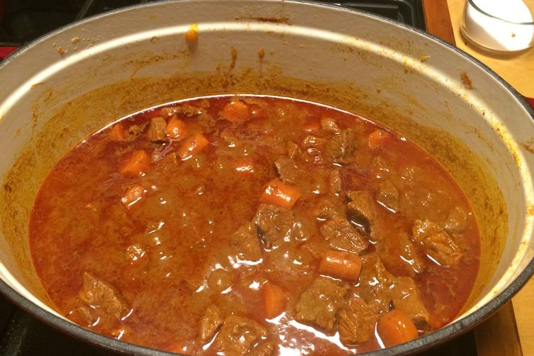 Viennese beef stew (Gulasch Wiener Art)