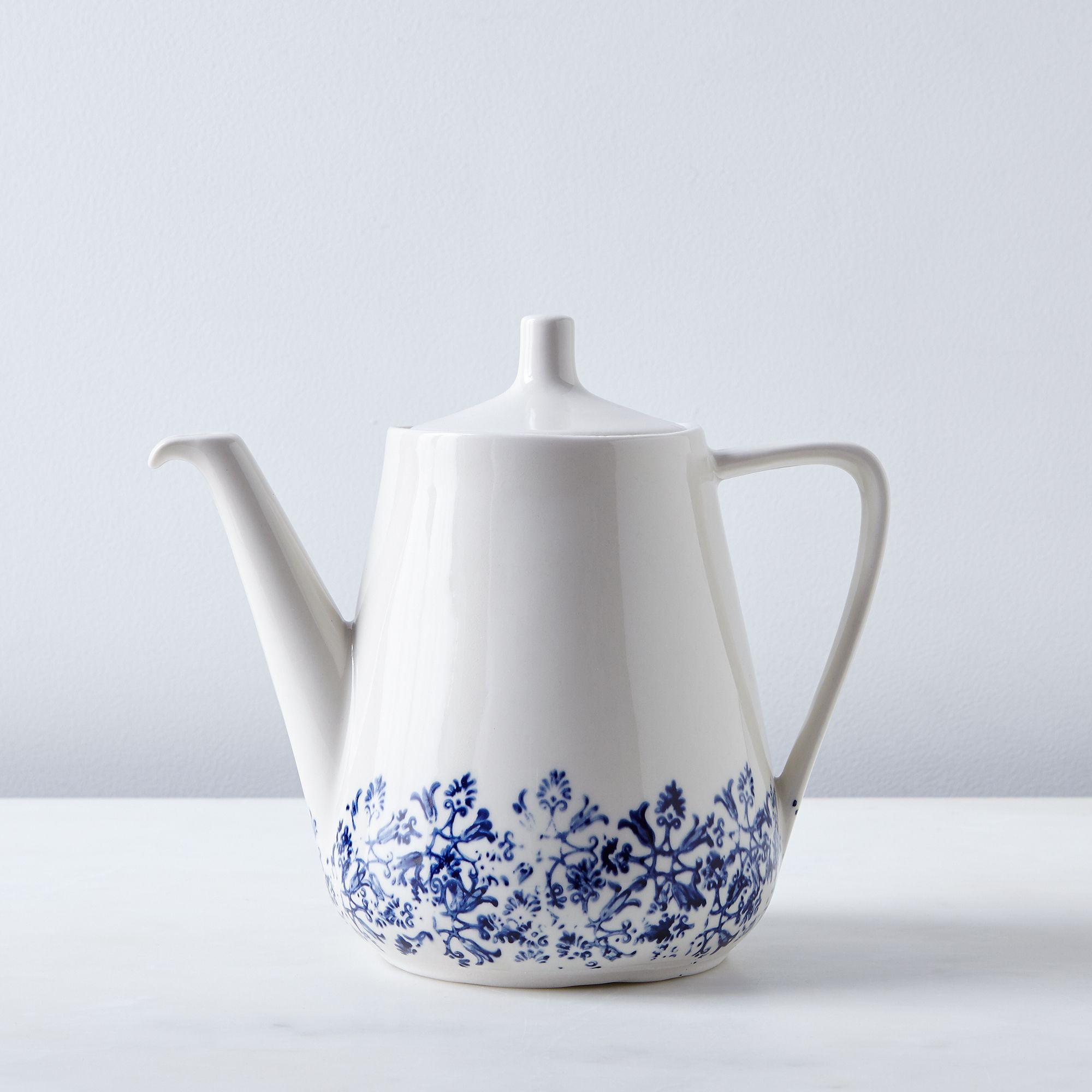 7aab8300 c495 4a5c b96c 25eb210d2963  2016 0610 art et manufacture teapot large partial floral silo rocky luten 019