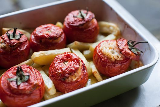 Juicy Stuffed Tomatoes, the Roman Way