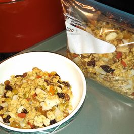 Superfruitynutty Granola